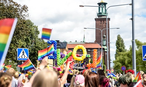 Drop in-vigsel under Stockholm Pride
