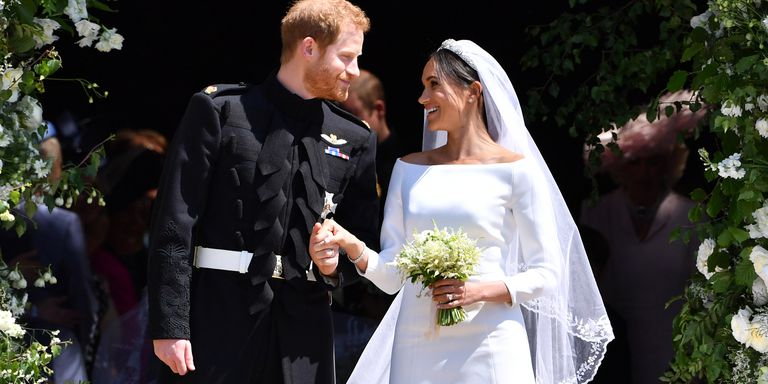 harryandmeghanmoment-1526748540