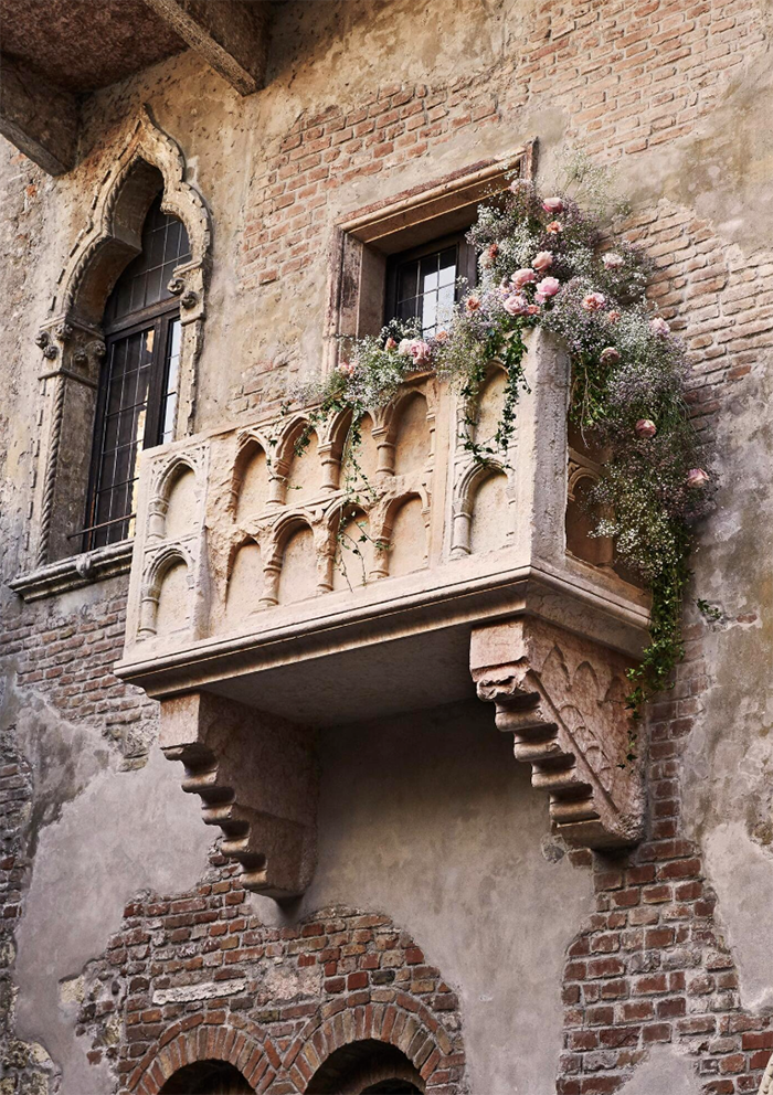 Romeo-and-Juliet-balcony